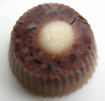 Red bean shiratama agar